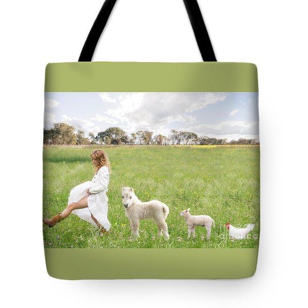 A Walk In The Country Tote Bag by Linda Lees
