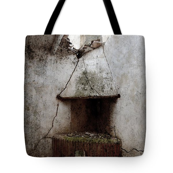 Abandoned Little House 2 Tote Bag by RicardMN Photography