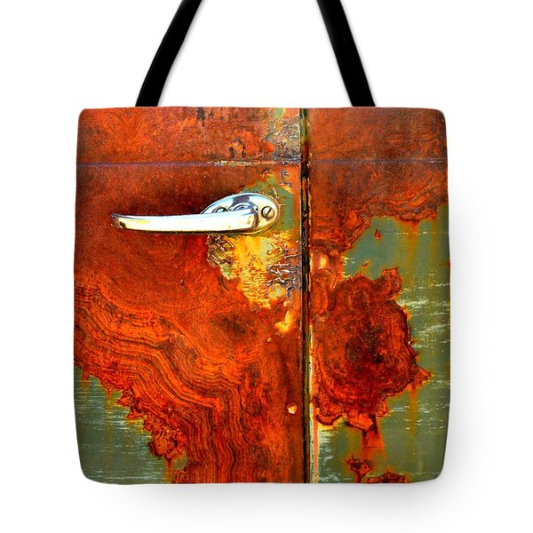 Abstract In Rust 24 Tote Bag by Newel Hunter