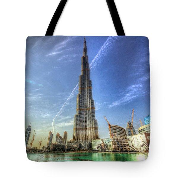Tote Bag featuring the photograph Air Trail by John Swartz
