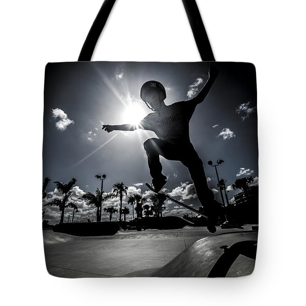 Airbound Tote Bag