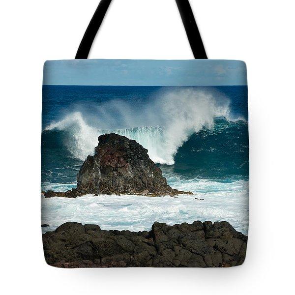 Akahanga Wave 2 Tote Bag