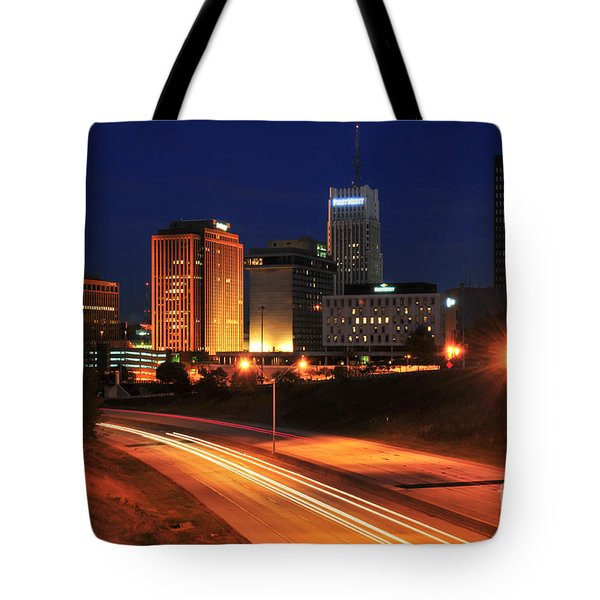 D1u-140 Akron Ohio Night Skyline Photo Tote Bag
