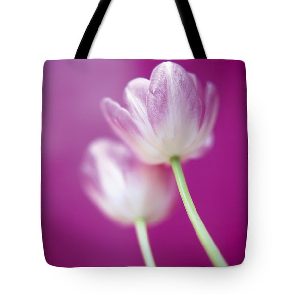 Tote Bag featuring the photograph Alike by Lana Enderle