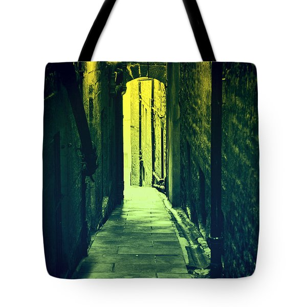 Tote Bag featuring the photograph Alleyway by Craig B