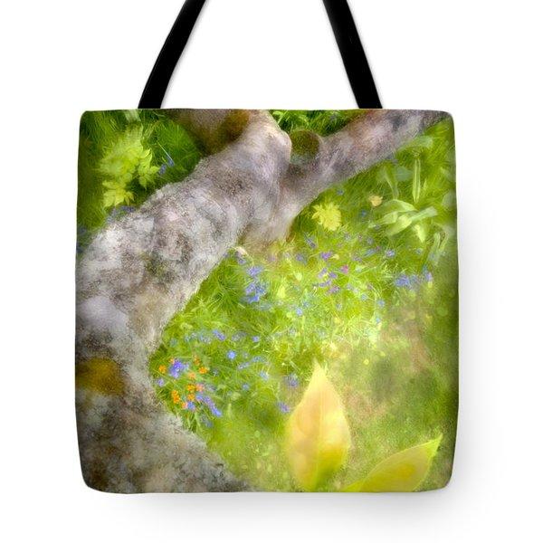 Aloft Tote Bag by Richard Piper