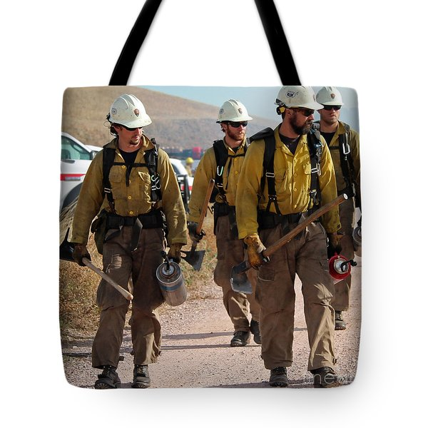 Alpine Hotshots Prepare To Ignite Cold Brook Prescribed Fire Tote Bag