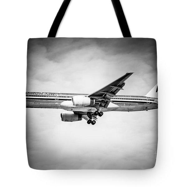 Amercian Airlines Airplane In Black And White Tote Bag by Paul Velgos