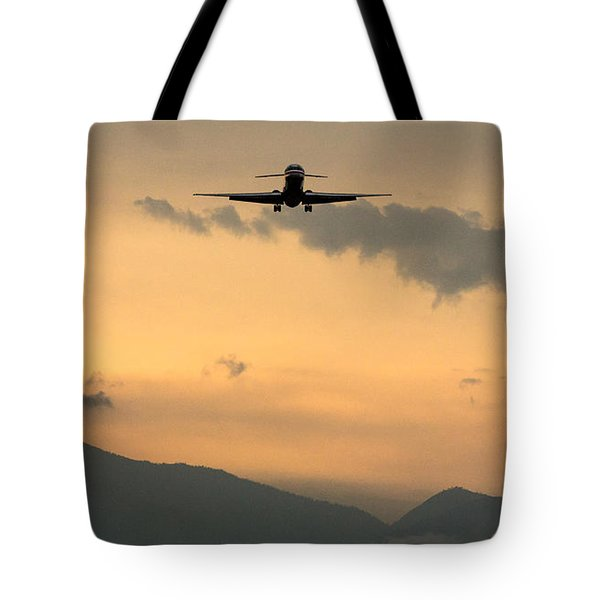 American Airlines Approach Tote Bag