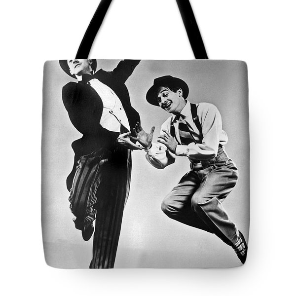 American Ballet Dancers Tote Bag by Underwood Archives