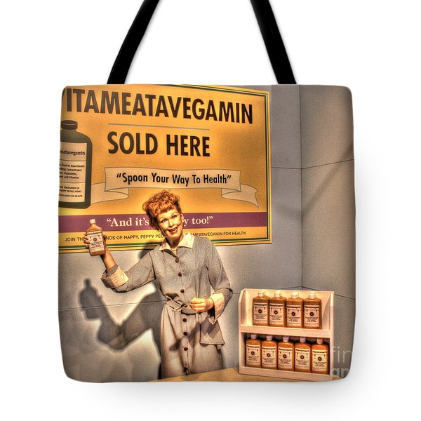 American Entertainment Icons - The First Lady Of Comedy Tote Bag by Dan Stone