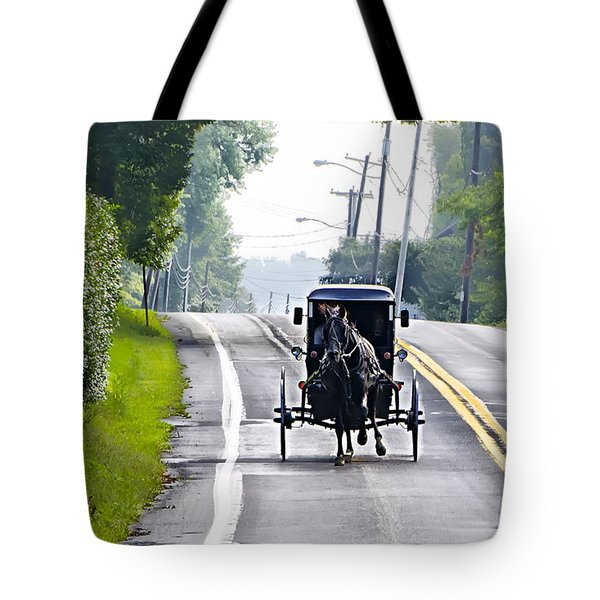 Amish Buggy In Lancaster County Pa. Tote Bag