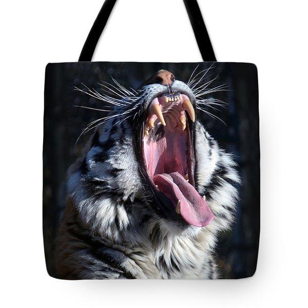 Amor Tiger Tote Bag