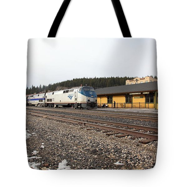 Amtrak California Zephyr Trains At The Snowy Truckee California Train Station 5d27524 Tote Bag