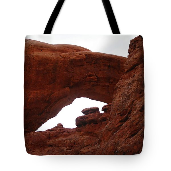 An  Arch  Tote Bag by Jeff Swan