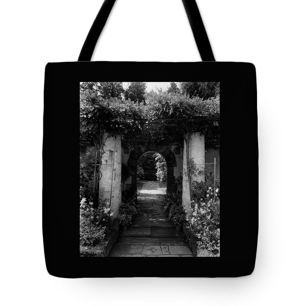 An Archway In The Garden Of Mrs. Carl Tucker Tote Bag