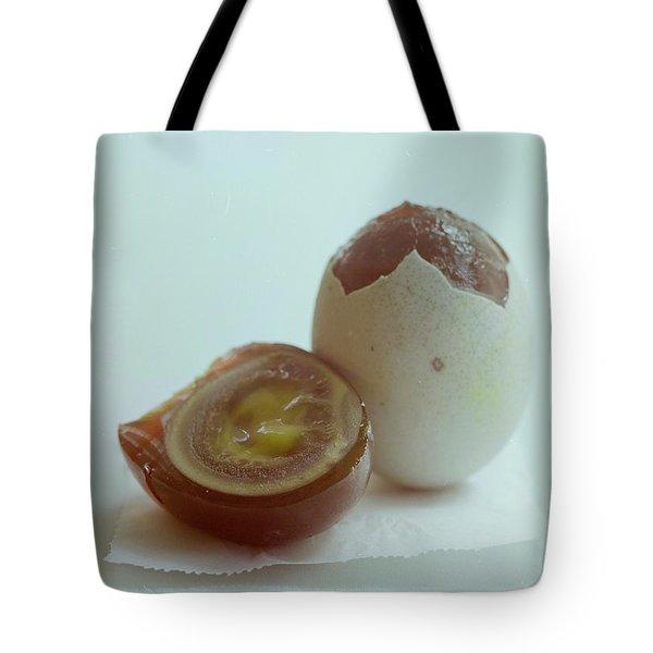 An Egg Tote Bag