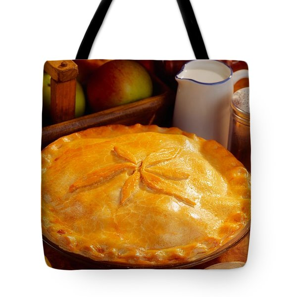 Apple Pie Tote Bag by The Irish Image Collection