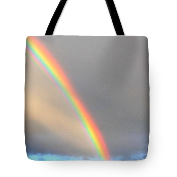 Arc Angle One Tote Bag