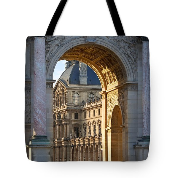 Tote Bag featuring the photograph Arc De Triomphe Du Carrousel by Brian Jannsen