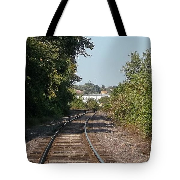 Tote Bag featuring the photograph Arch In The Distance by Kelly Awad