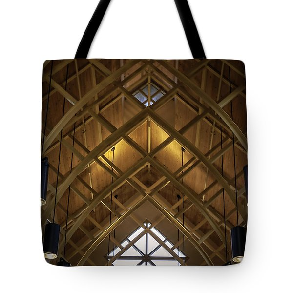 Arched Trusses - University Of Florida Chapel On Lake Alice Tote Bag