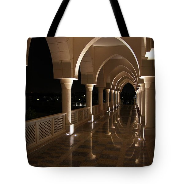 Arches In Abu Dhabi Tote Bag