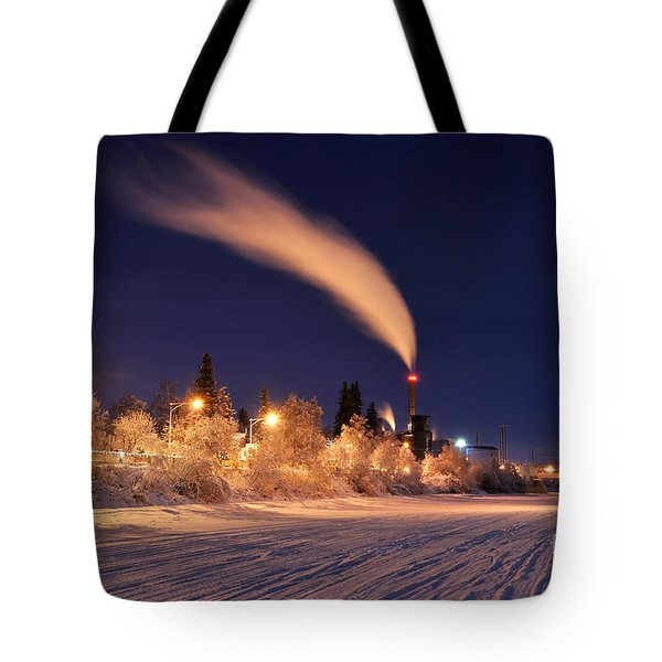 Arctic Power At Night Tote Bag
