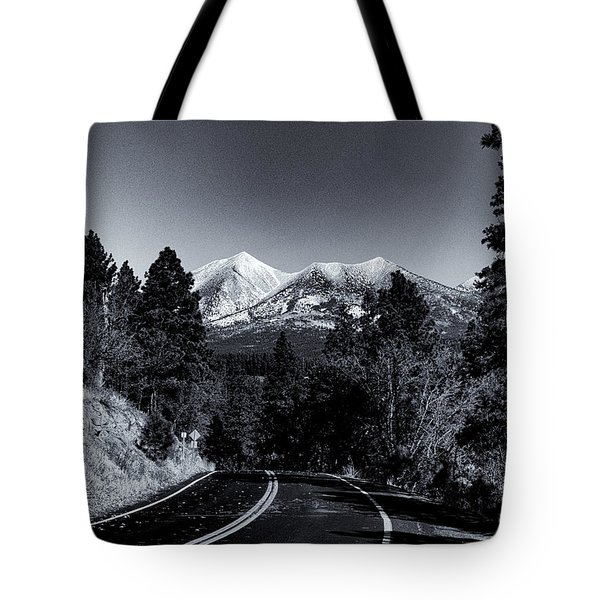 Arizona Country Road In Black And White Tote Bag