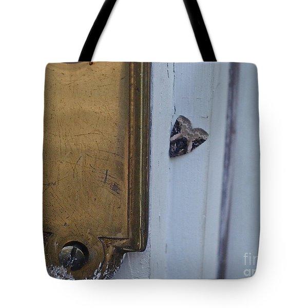Arrowhead Doorbell Moth Tote Bag