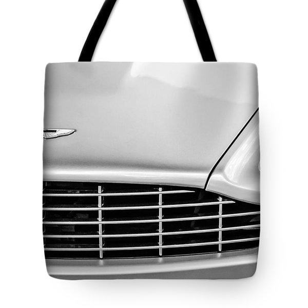 Aston Martin Grille Emblem -0740bw Tote Bag