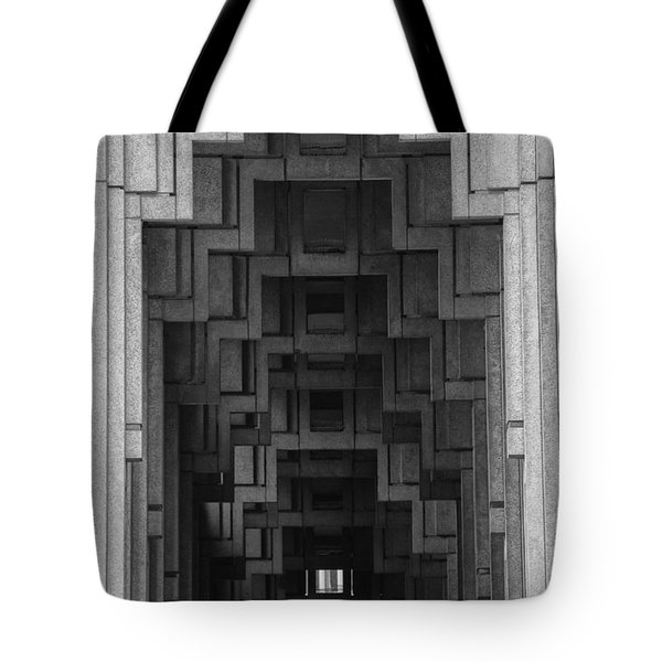 Atlanta Ga Architecture-city Building Tote Bag by Douglas Barnard
