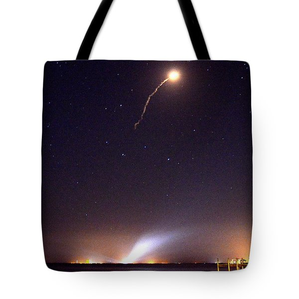 Atlas V Launch From Nyny Tote Bag by AnnaJo Vahle