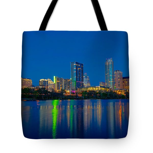 Tote Bag featuring the photograph Austin Skyline by Tim Stanley