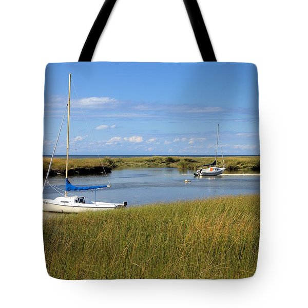 Tote Bag featuring the photograph Awaiting Adventure by Gordon Elwell
