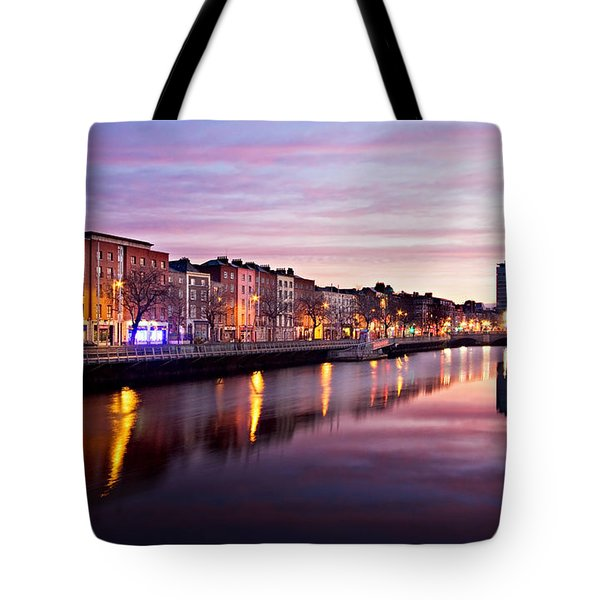 Bachelors Walk And River Liffey At Dawn - Dublin Tote Bag