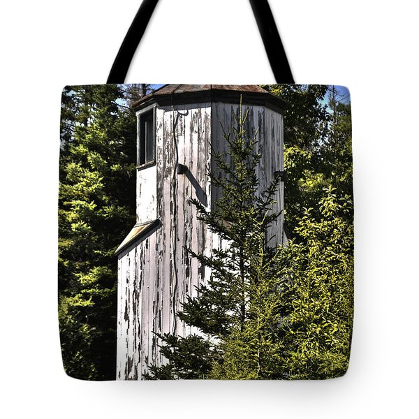Tote Bag featuring the photograph Baileys Harbor Range Lighthouse by Deborah Klubertanz