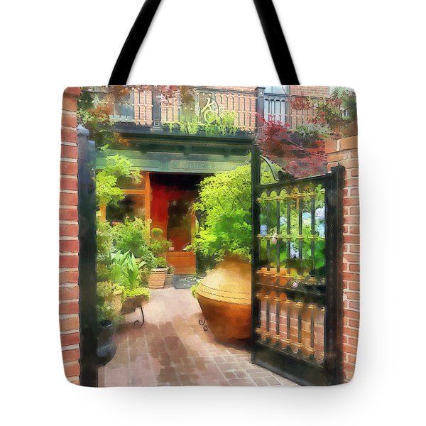 Tote Bag featuring the photograph Baltimore - Restaurant Courtyard Fells Point by Susan Savad