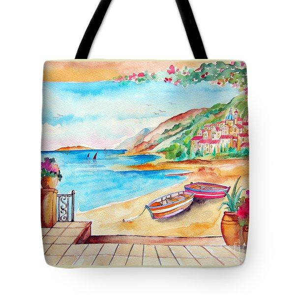 Barche Sulla Spiaggia Tote Bag