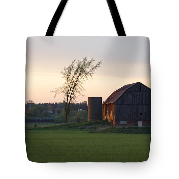 Barn At Dusk Tote Bag