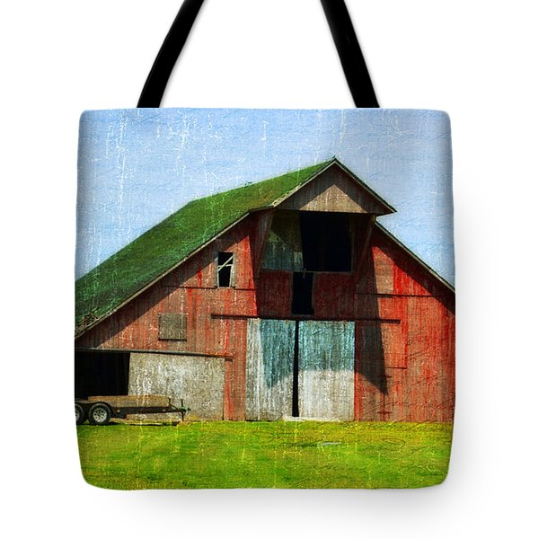 Barn - Central Illinois - Luther Fine Art Tote Bag