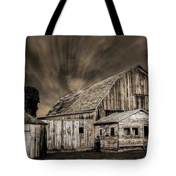 Barn On Hwy 66 Tote Bag