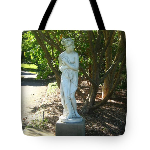 Tote Bag featuring the photograph Bashful Maiden by Leanne Seymour