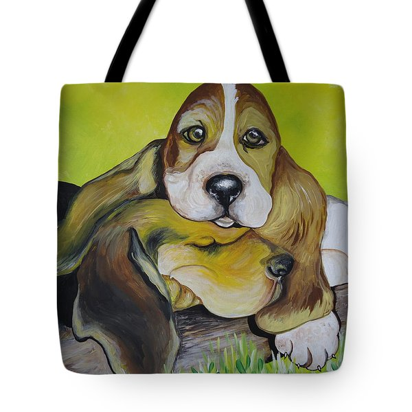 Tote Bag featuring the painting Bassett Hound Pups by Leslie Manley
