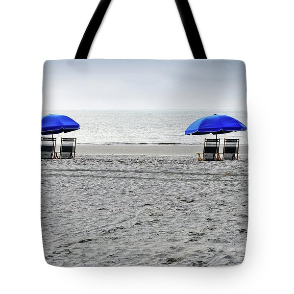 Beach Umbrellas On A Cloudy Day Tote Bag