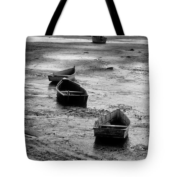 Tote Bag featuring the photograph Beached Boats by Gary Slawsky