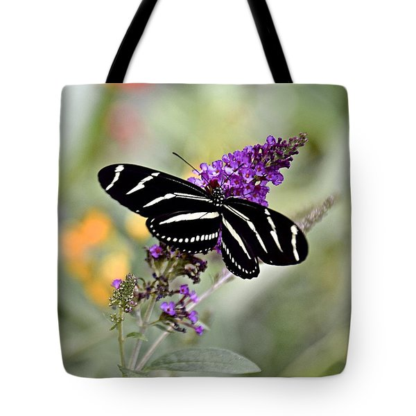 Beautiful Backyard Visitor Tote Bag