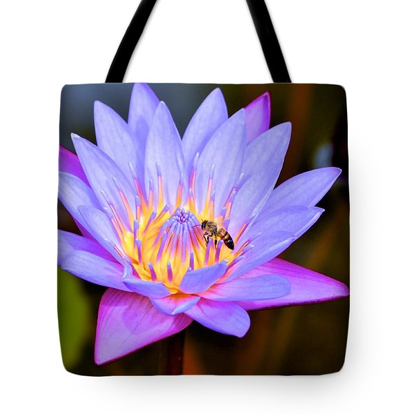 Beautiful Lily And Visiting Bee Tote Bag
