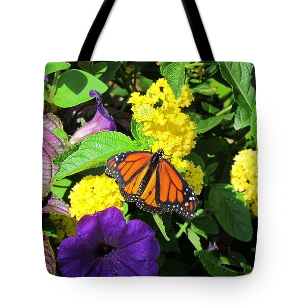 Tote Bag featuring the photograph Beauty All Around by Cynthia Guinn