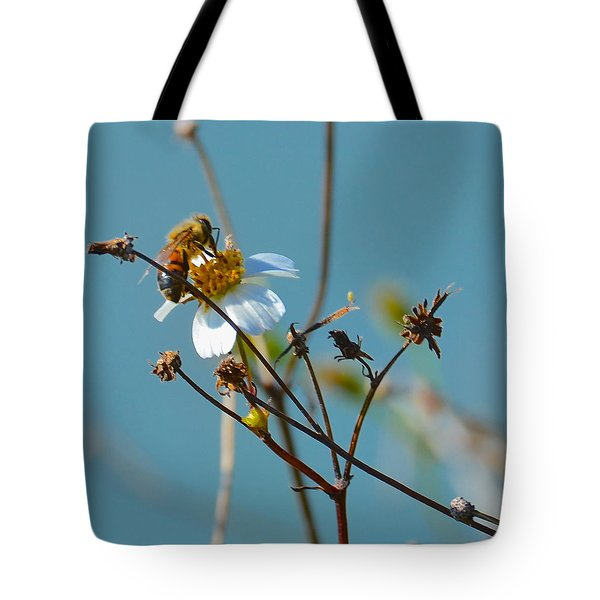 Tote Bag featuring the photograph Bee And A White Flower by AnnaJo Vahle